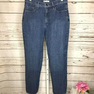 Lee Classic Fit high rise straight leg Jean 12